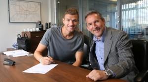 Edin And Txiki signing