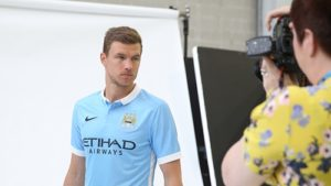Edin gets up close and personal