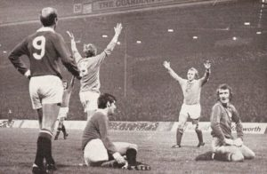 man utd home 1972 to 73 buchan og 2-0a