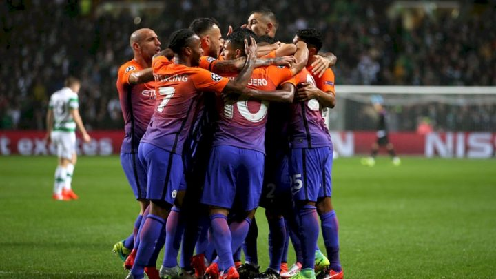 manchester-citys-fernandinho-celebrates-his-goal-with-teammates