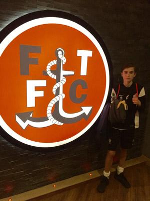 Isak fikk trene med G15-laget til Fleetwood!